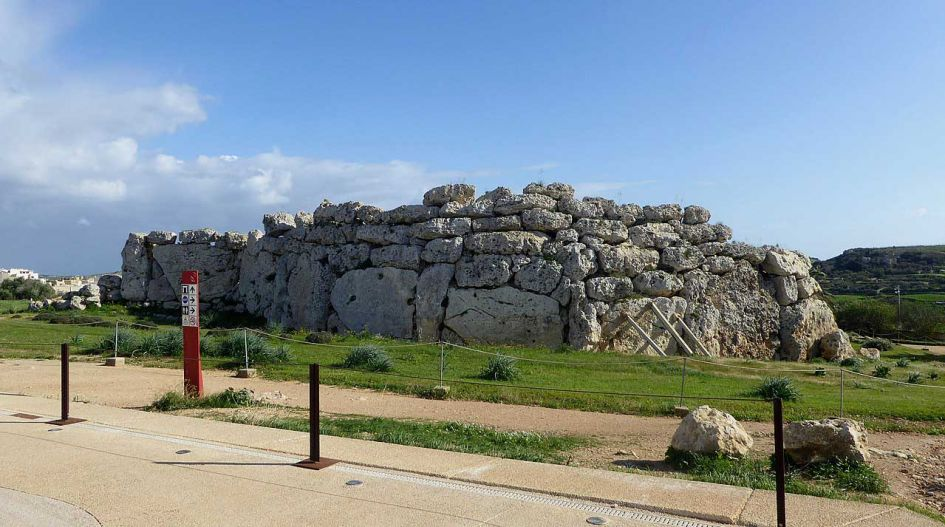 Gozo day trip from Malta; The rocks at ggtanga temple