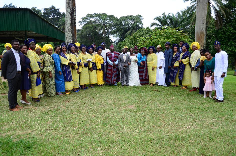Family posing at Nigerian wedding