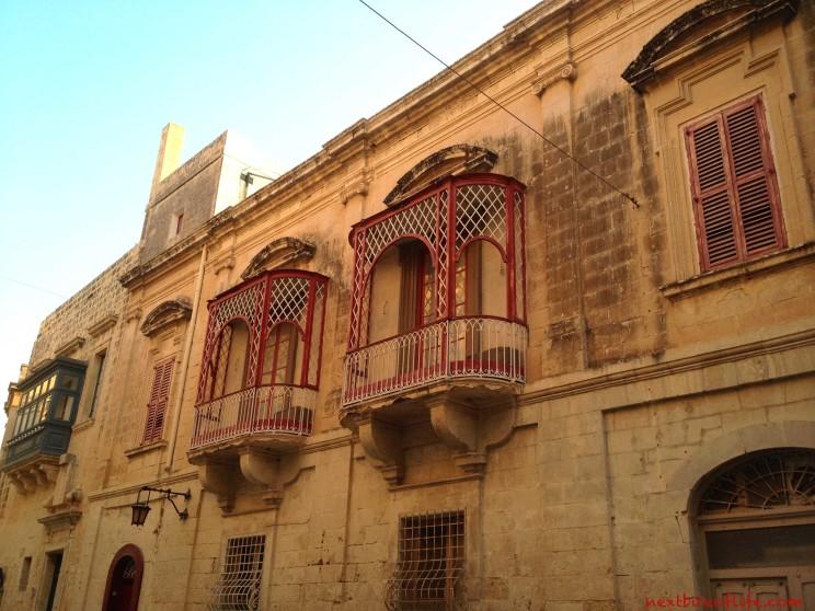 mdina malta windows red color