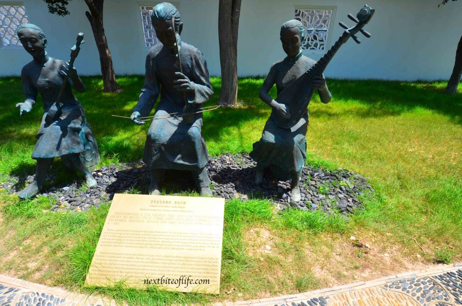 Chinese statues at Oriental garden in Malta