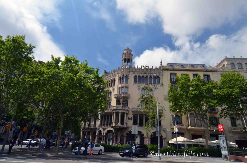 out travel guide to Barcelona , this is a goth building at plaza catlunya