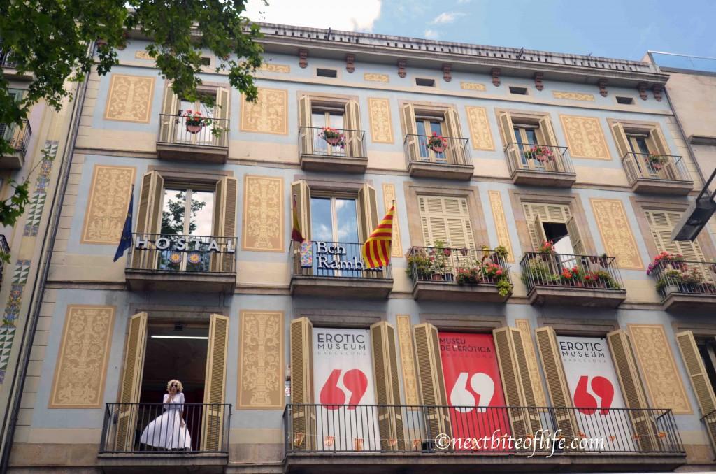 """""""Marilyn"""" in las ramblas barcelona"""