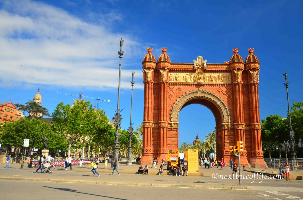 born barcelona arc de triomf