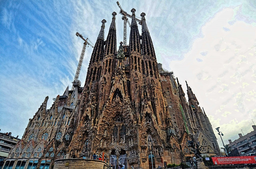 Barcelona ultimate travel guide sagrada familia