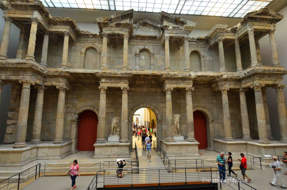berlin zoo and the pergamon museum
