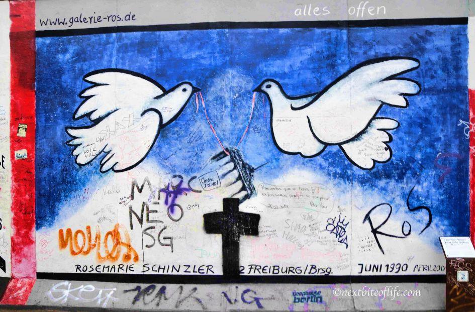 berlin wall doves east side gallery