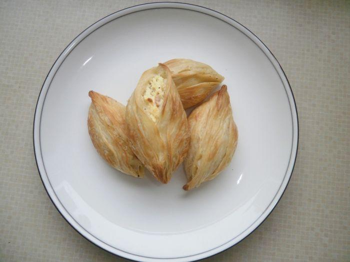 pastizzi pastries in Malta