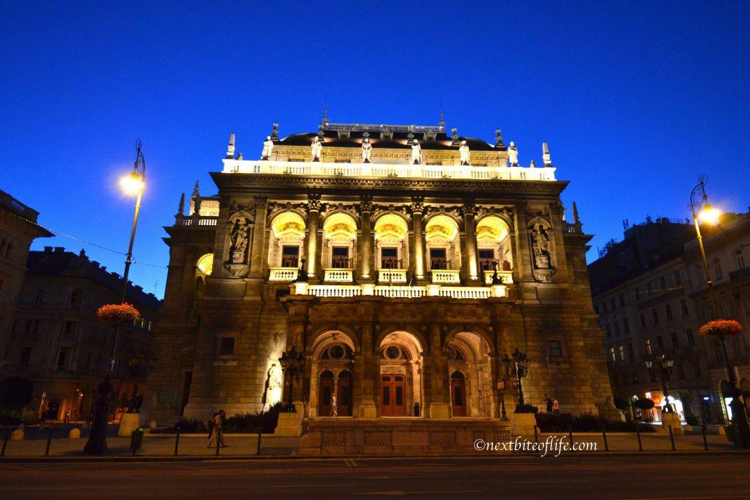 home exchange budapest opera house