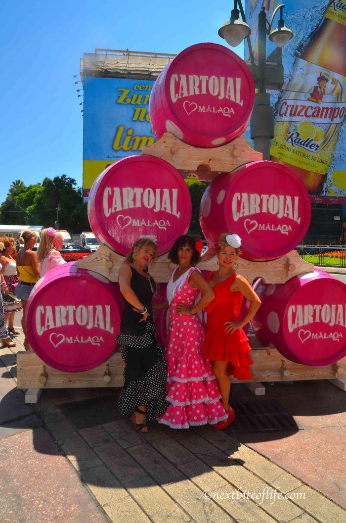 Costumed ladies posing at the Feria