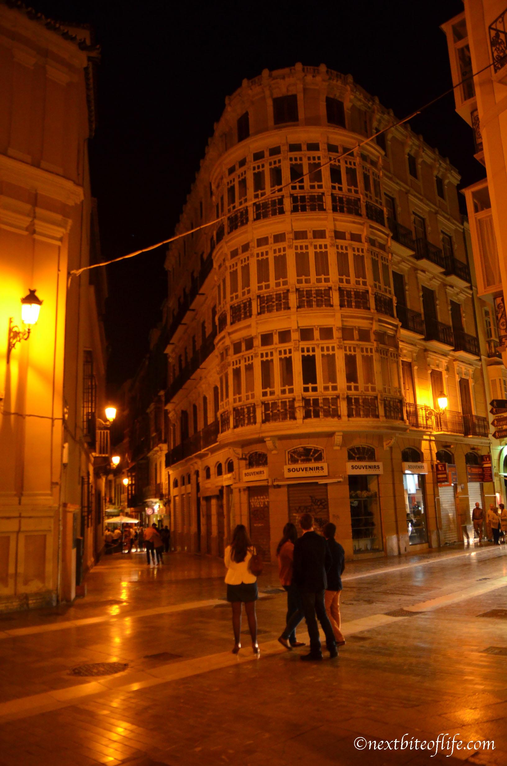Malaga at midnight, a walk through the center