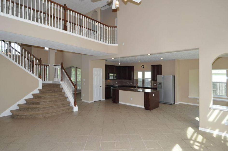 interior house with neutral color is essential when trying to sell your U.S home.