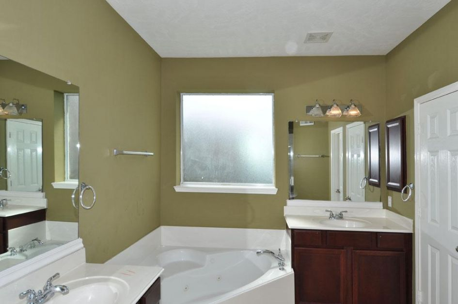 Okay.. I will miss my own part of the bathroom! Selling your house from abroad guide