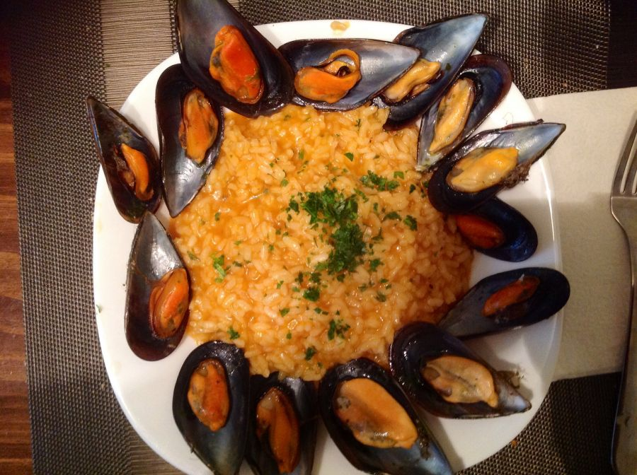 Risotto with mussels comapring cost of living in Spain vs Malta