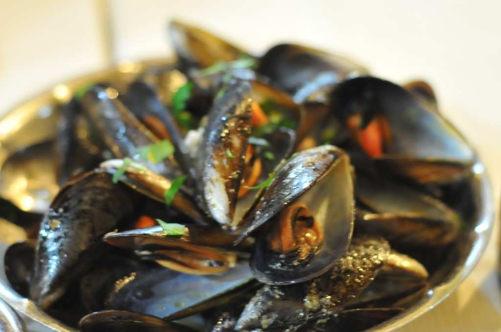 steamed mussels at ristorante papetto