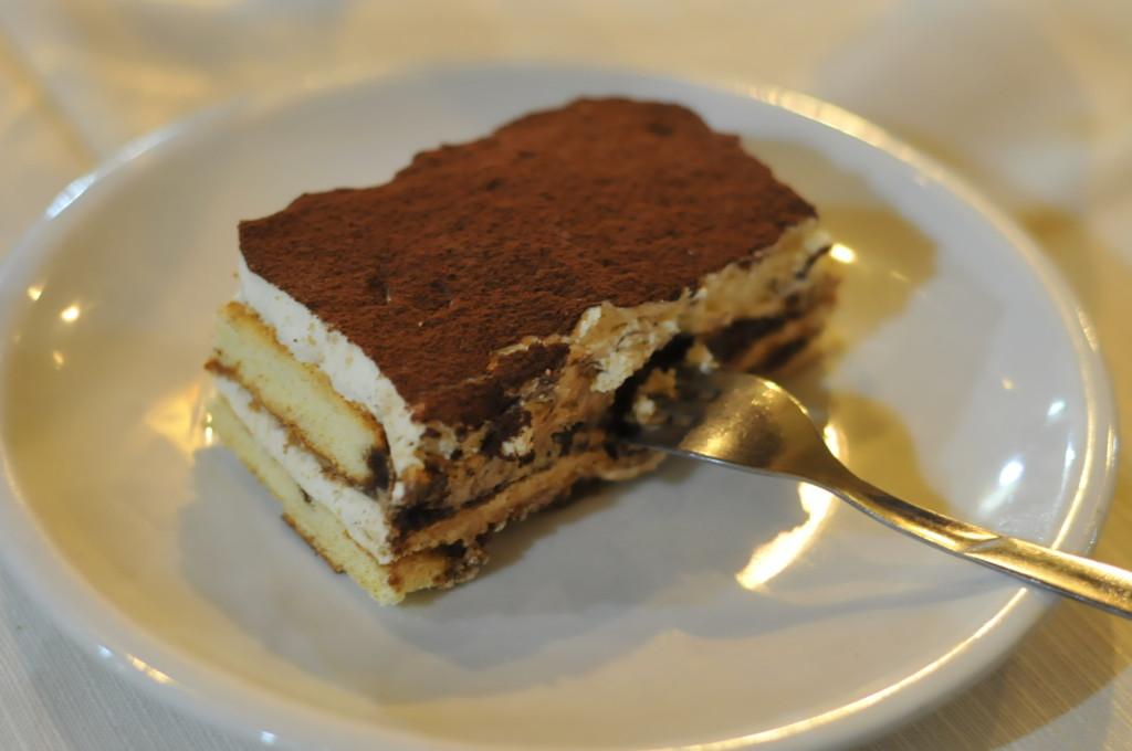 tiramisu dessert papetto ristorante rome