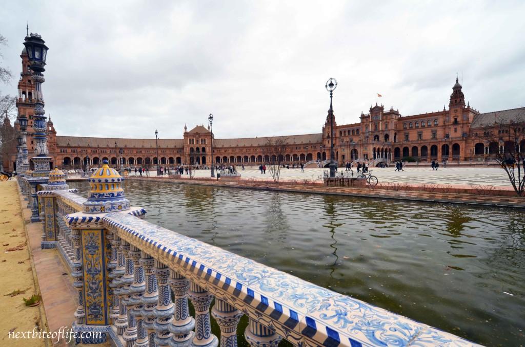 plaza de espana tile work