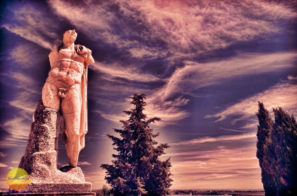 santiponce statue of hadrian