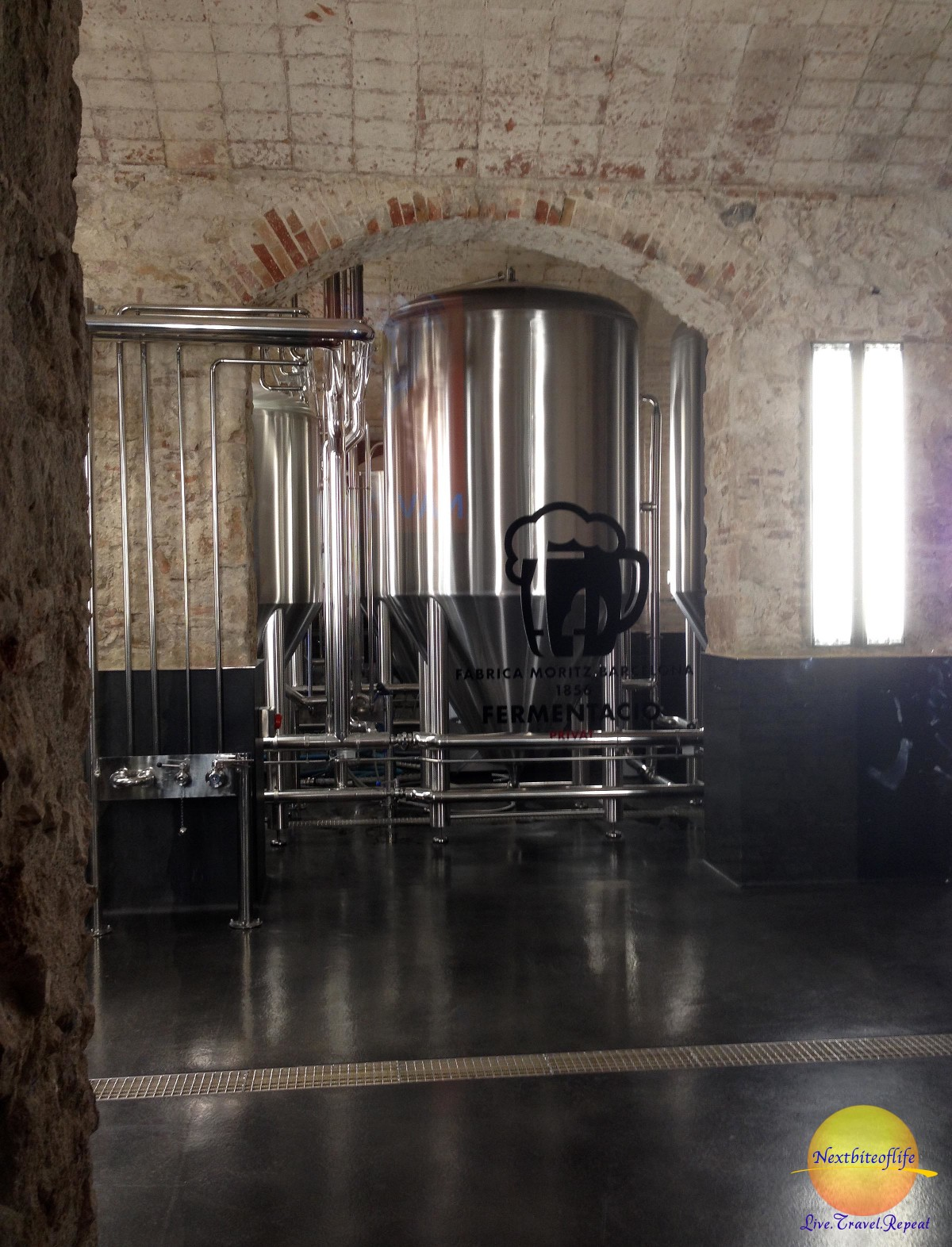 Fabrica Moritz stainless steel tank