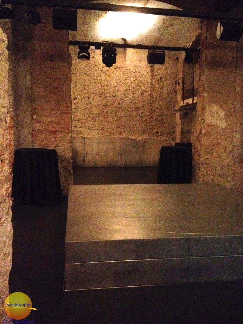 The basement stage at Fabrica Moritz