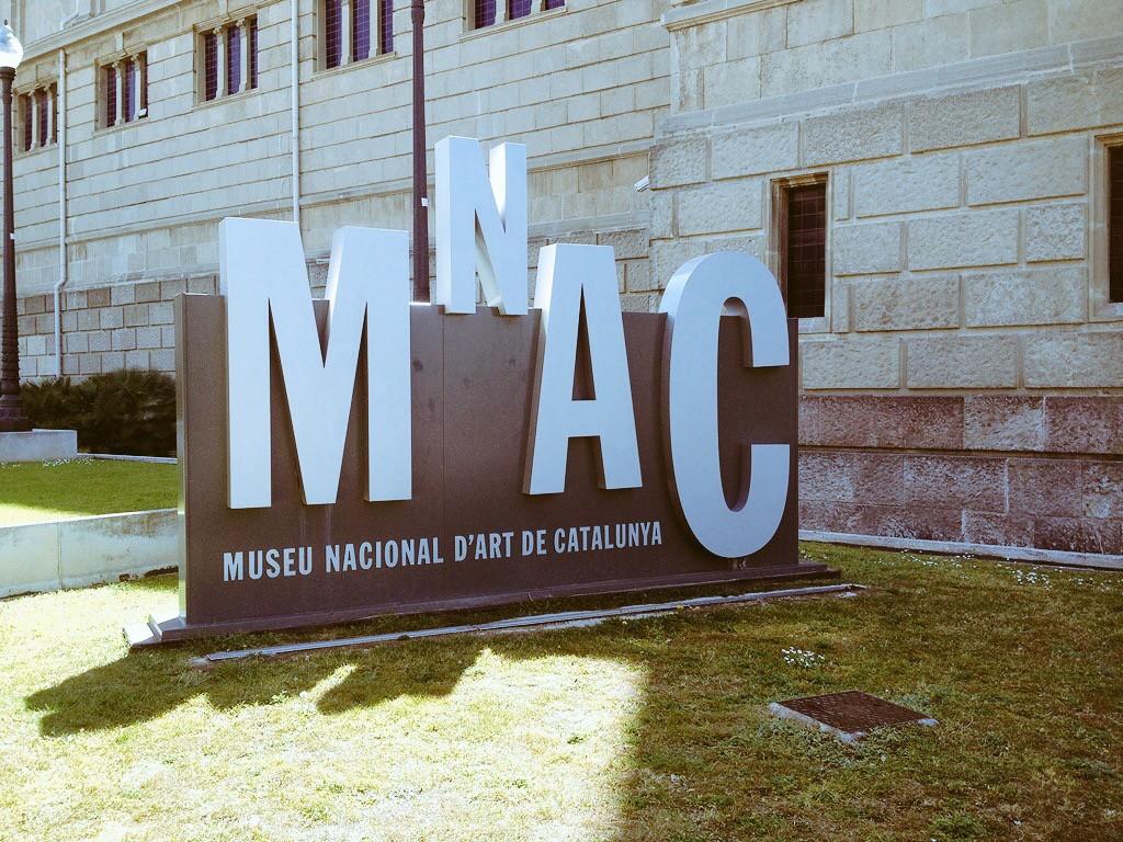 mnac barcelona sign