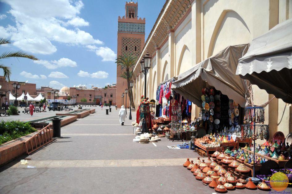 outside market in marrakech