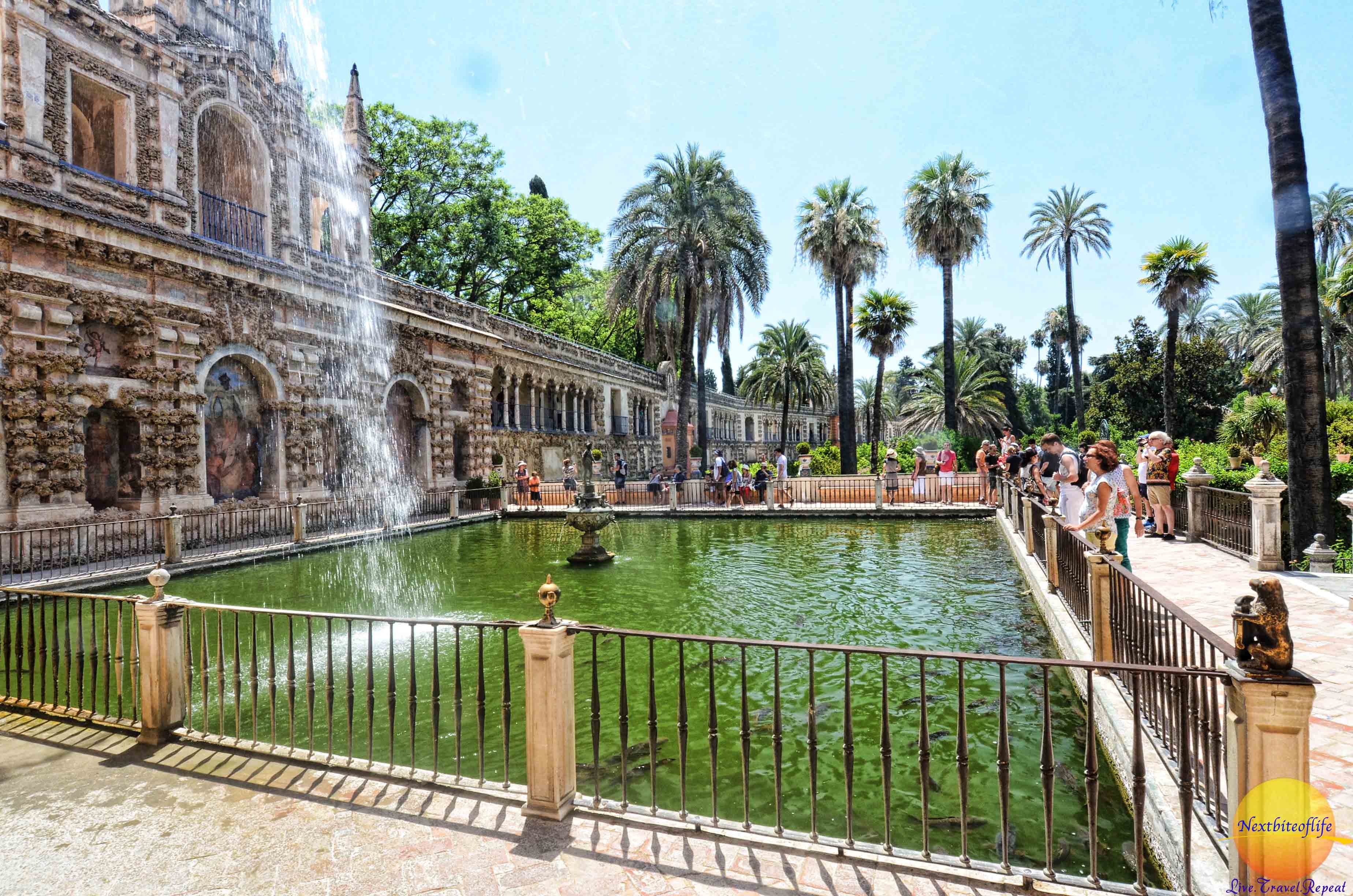 Alcazar palace of seville podcast wows all the way for Seville house