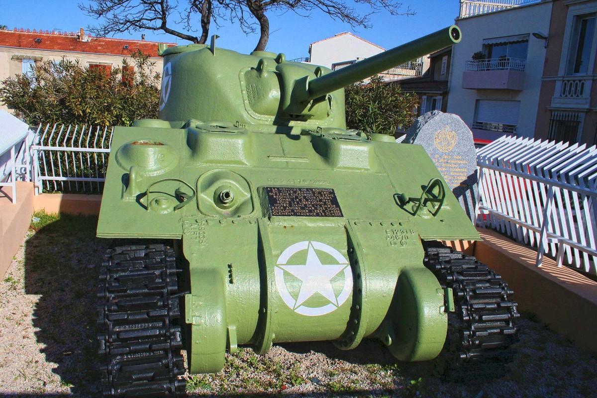 Joan of Arc tank - Wikipedia. The street is wicked narrow..