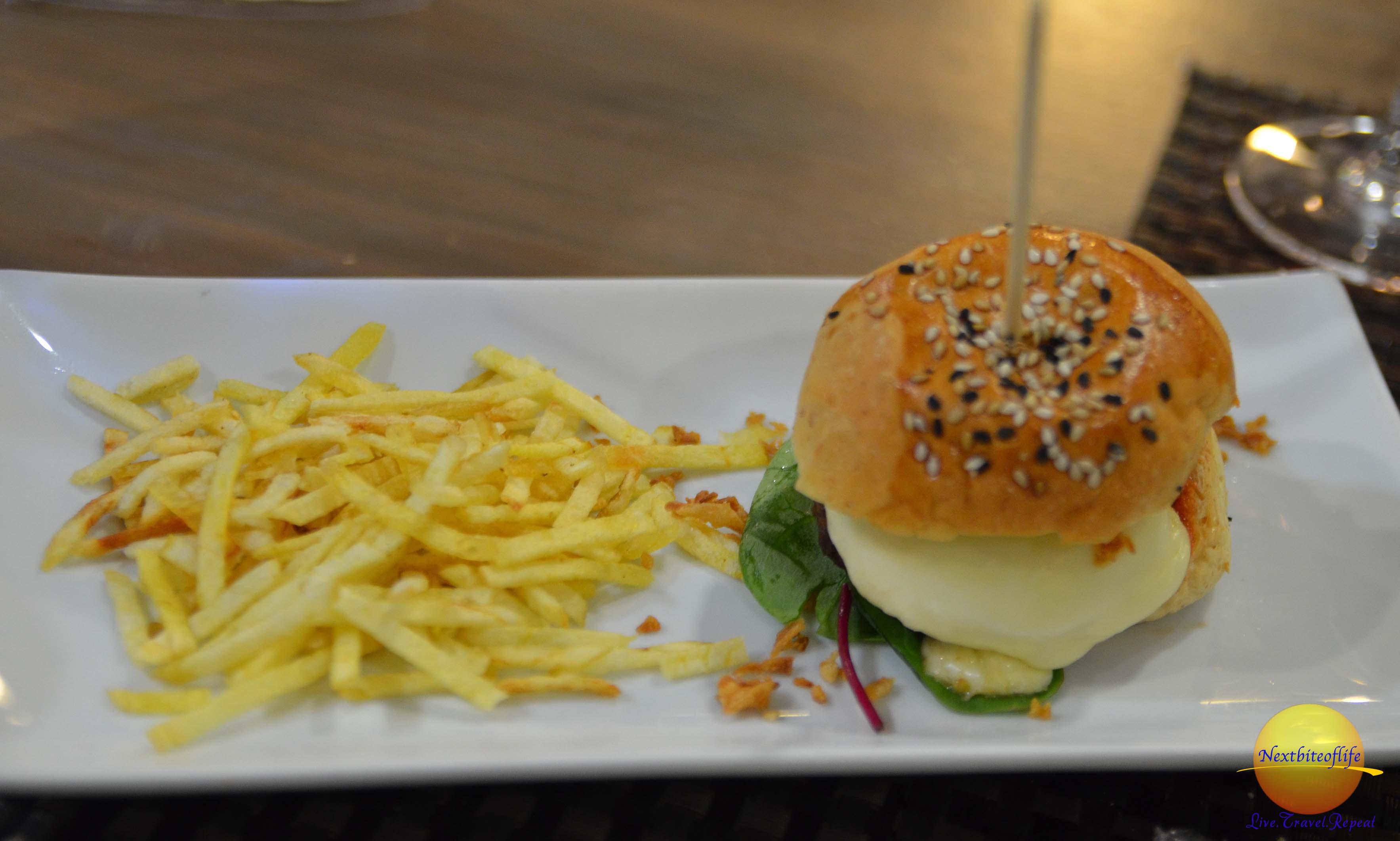 el mercado de enma mairena hamburger