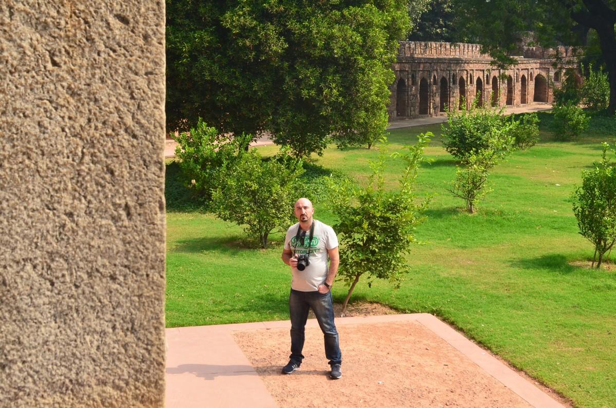 man in humayun tomb india