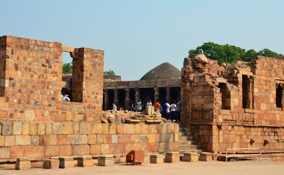 humayun tomb ruins new delhi