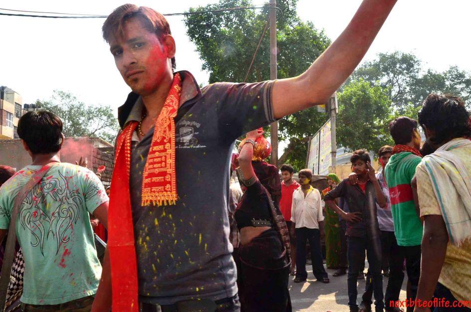hindu festival-boy face paint