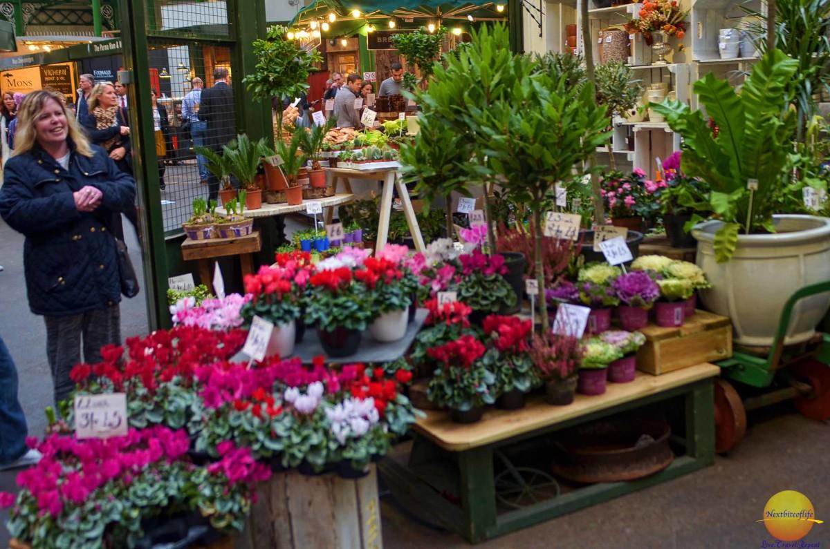 Flowers at borough market..