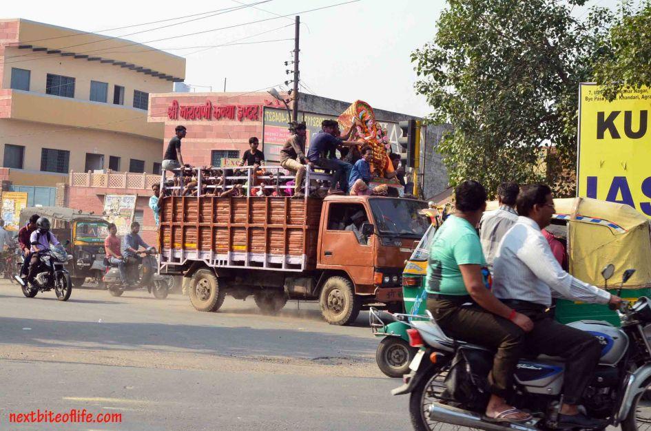 truckfull of hindi