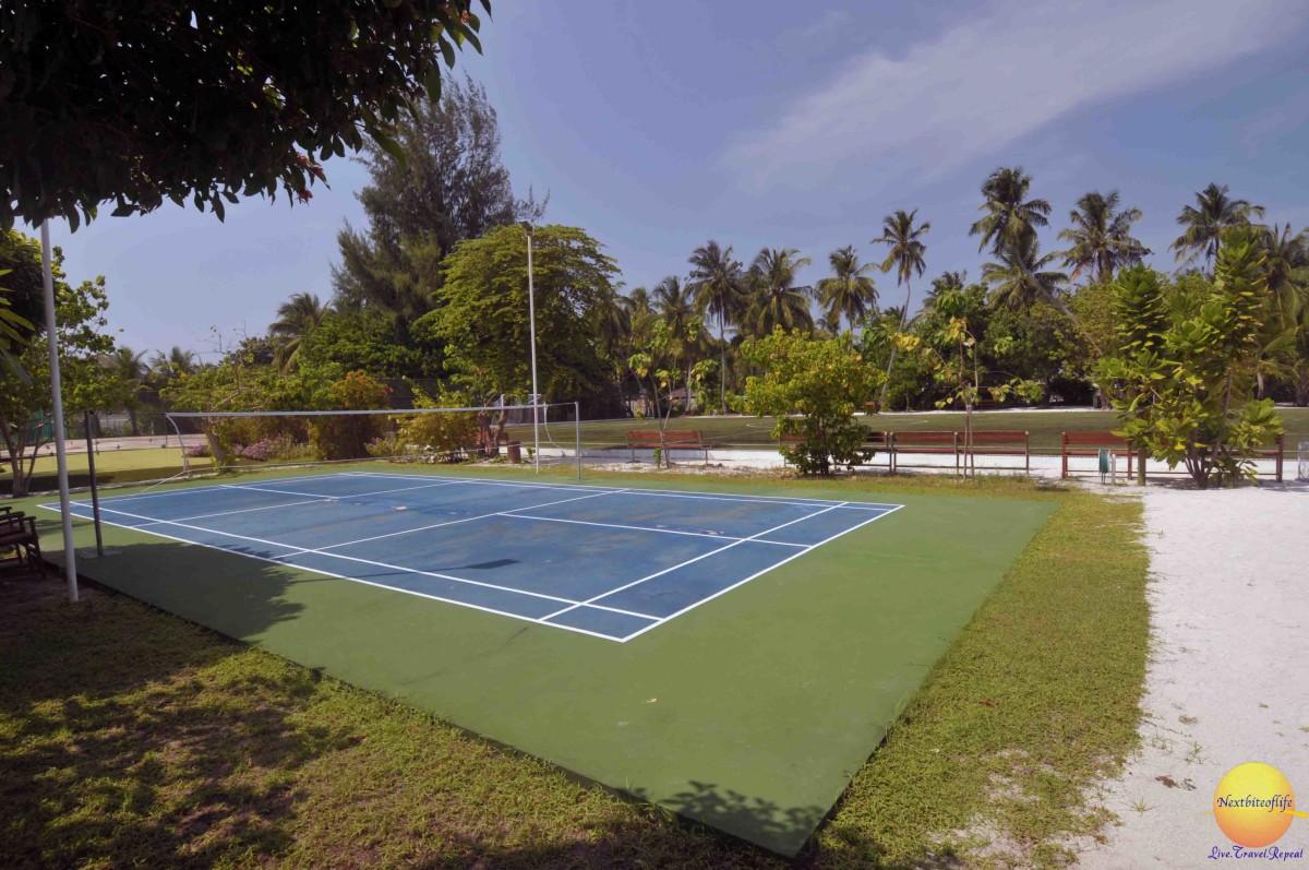 badminton court at vilamendhoo