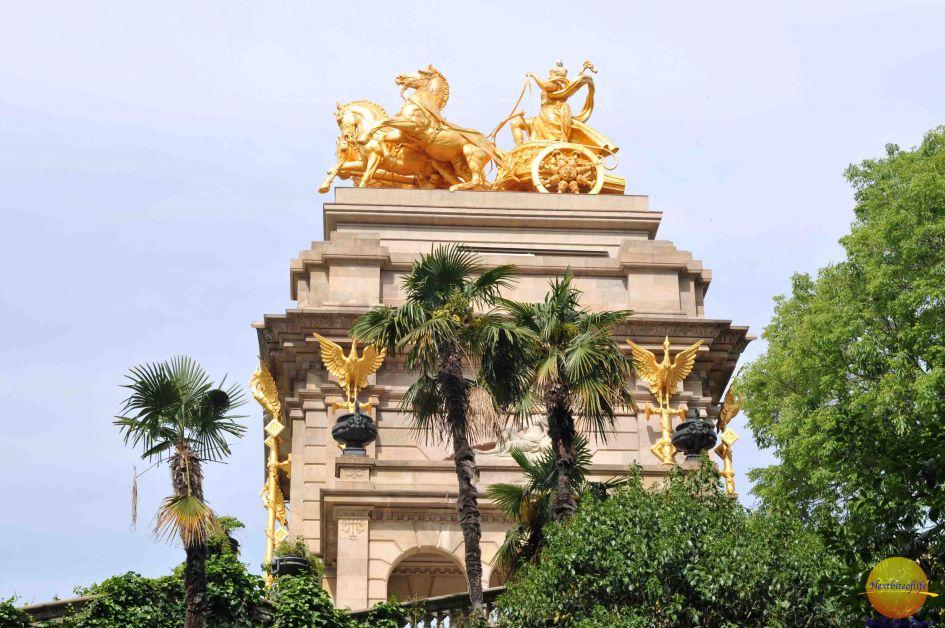park de la ciutadela stature barcelona