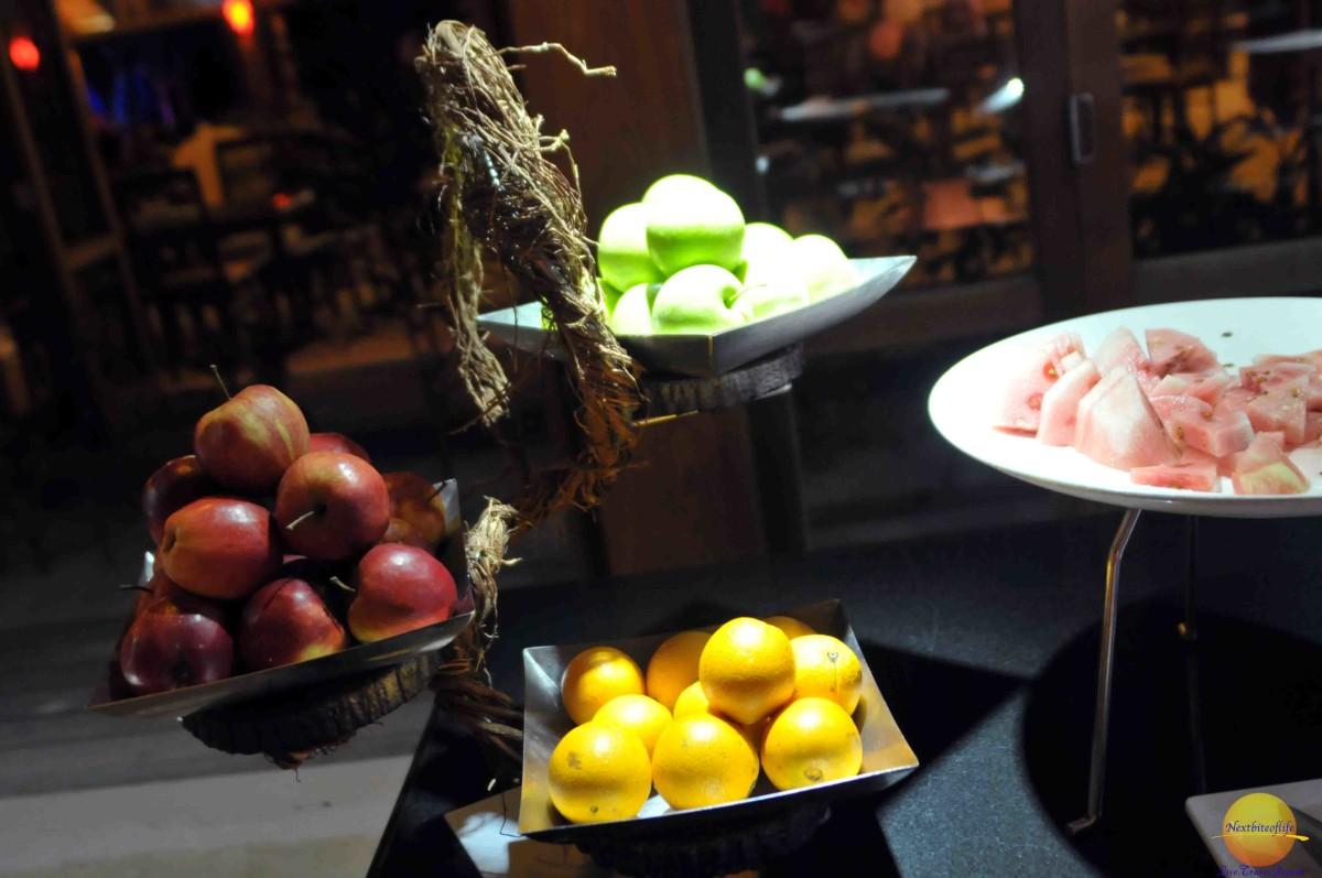 images of fruit in bowls at resort vilamendhoo maldives