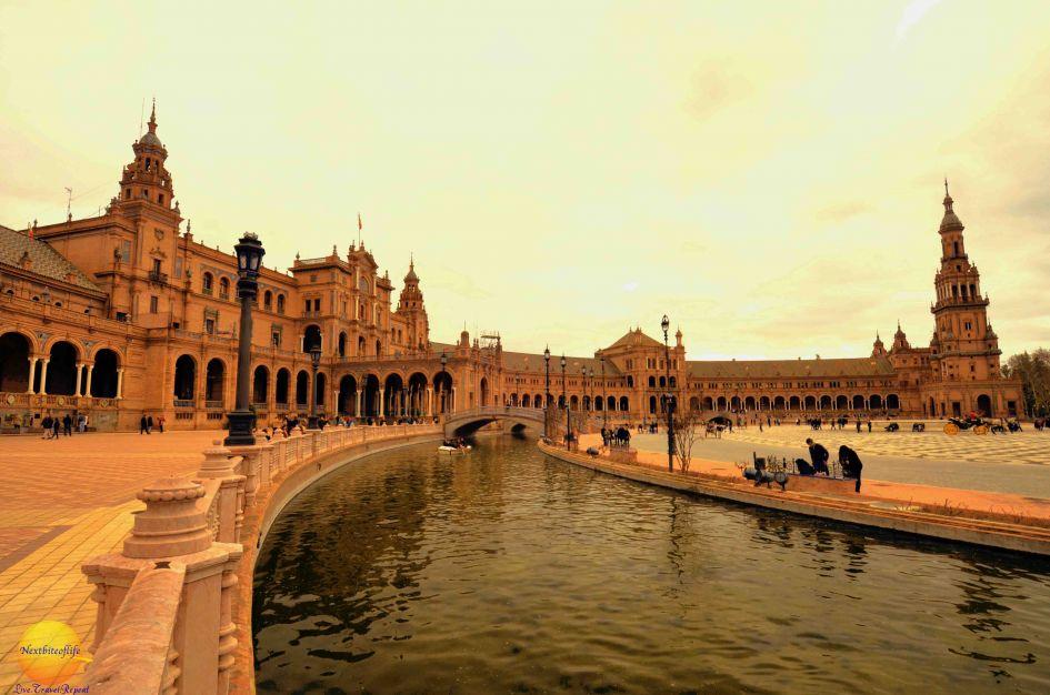 plaza de espana seville image