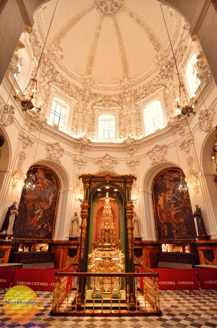 cathedral la mezquita altar