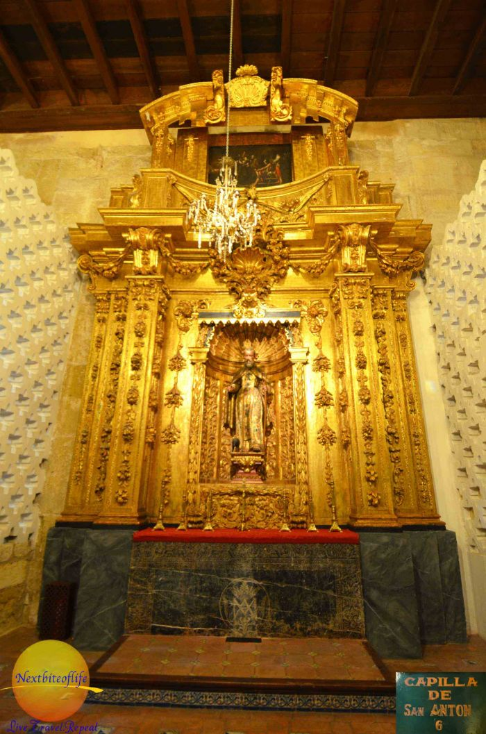 Mezquita de Cordoba Gold altar with Jesus on cross #Mezquita #cordoba #UNESCO