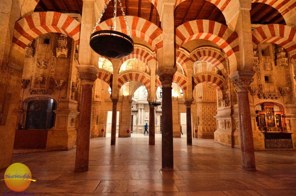 la mezquita cordoba spain hypostyle columns
