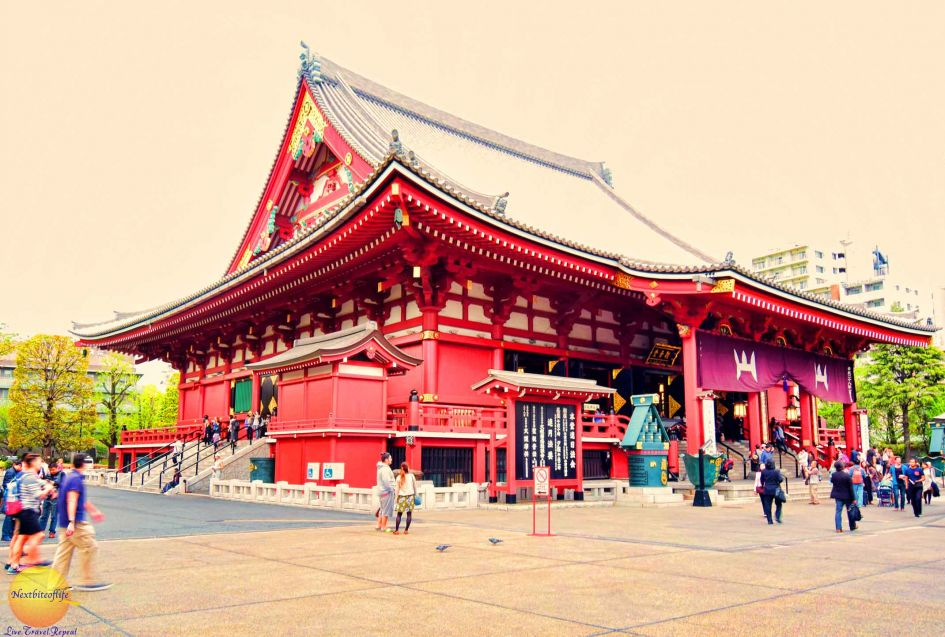 Sensoji Temple Asakusa Is The Oldest Temple In Tokyo