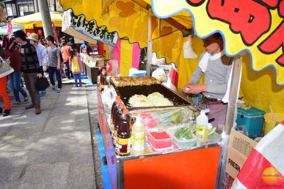 streetfood onomiyaki stall