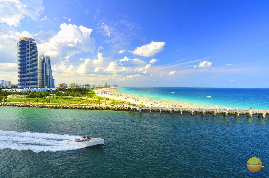 sea and beach view miami