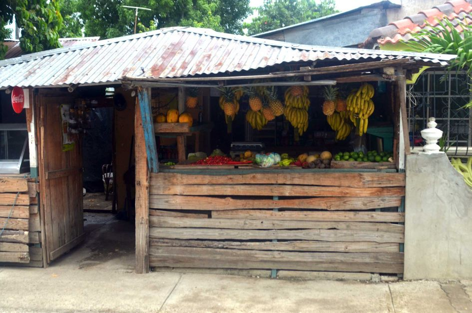 shack store in the Dominican Republic selling fruit