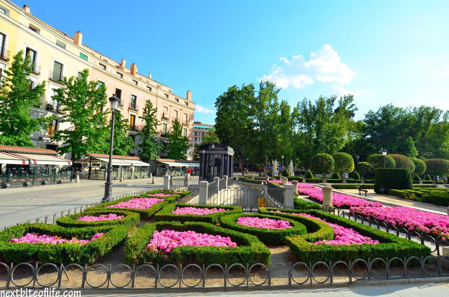What lovely gardens.