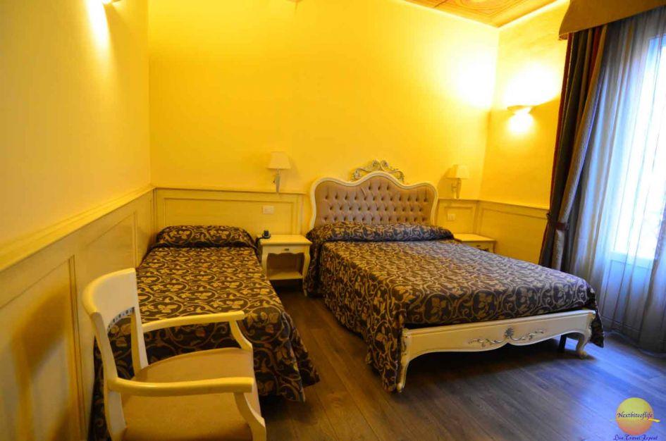bologna italy hotel pedrini room