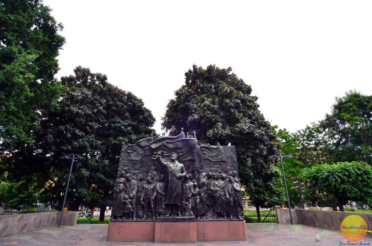 stockhom sweden surprises statue carl eldhs