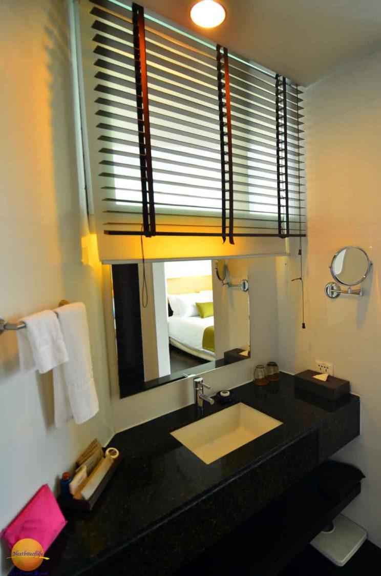 chatrium-hotel-sink