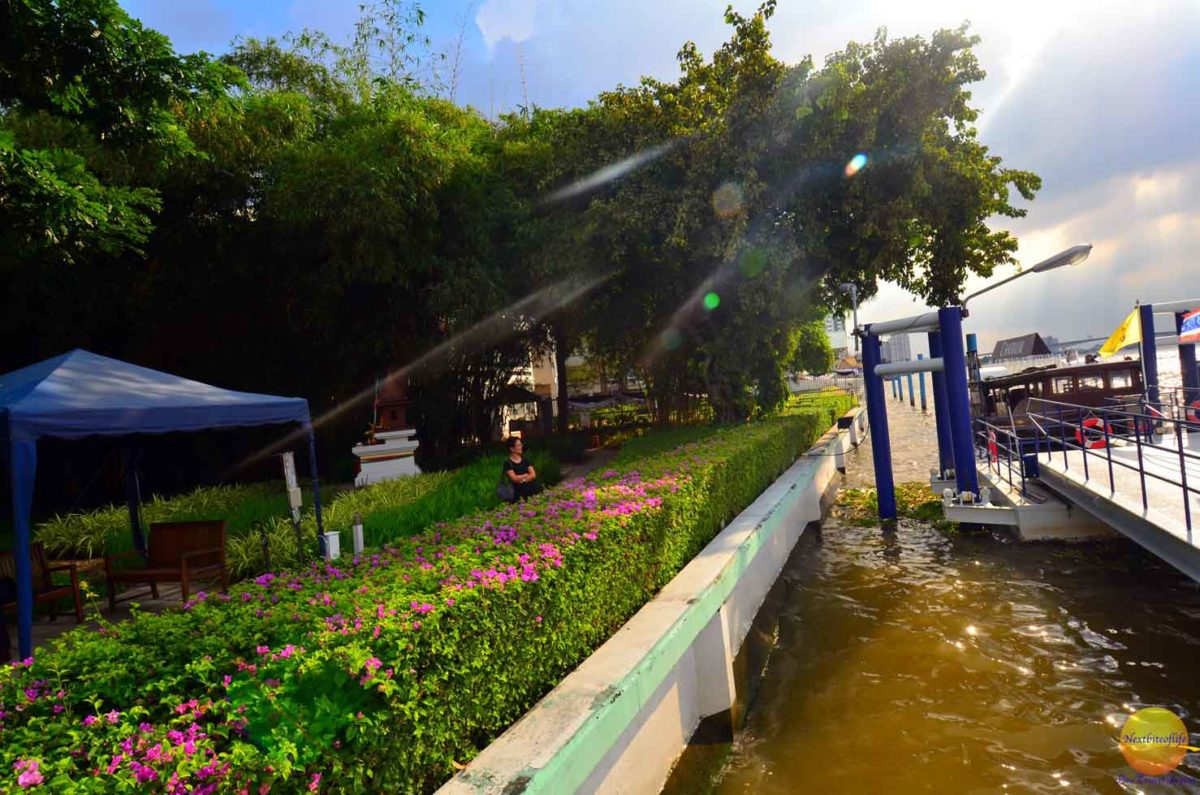 riverside Bangkok Chatrium hotel