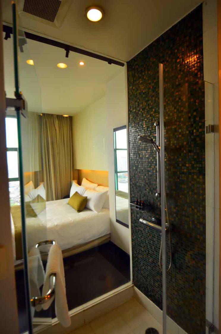 chatrium hotel riverside shower